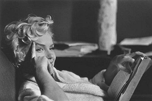 Marilyn Monroe, New York, 1956 - Elliott Erwitt   Snaps
