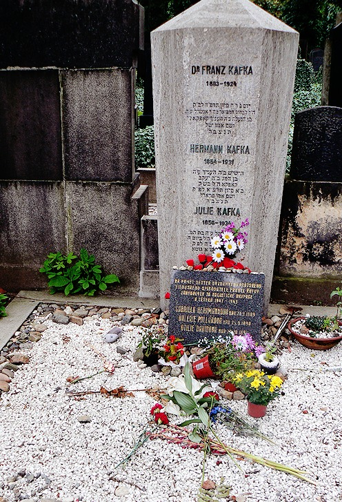 Kafka's grave is located in Prague in the new Jewish Cemetery. He is burried alongside his mother and father. There is also a rememberence for his sisters who died in concentration camps.  Right opposite Kafka's grave is a rememberance for Max Brod, his friend and saviour of Kafka's unpublished works. The writings in hebrew say: Tuesday, June 3, 1924 The glorious young man Anchel Kafka  passed on Son of the respected Mr. Hanich Kafka  And mother Yettel Kafka May his soul be bound up in the bond of eternal life