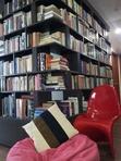 Một góc kệ sách nhà mình