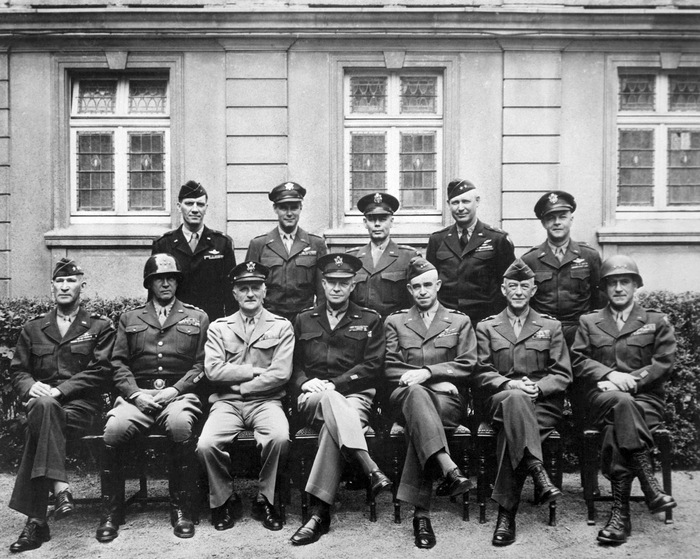 9bd07074378 The History Book Club - PRESIDENTIAL SERIES  GLOSSARY - EISENHOWER IN WAR  AND PEACE Showing 1-50 of 53