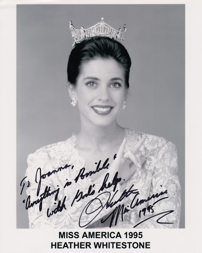 miss america heather whitestone The story of heather whitestone, miss america 1995 [daphne gray, greg lewis] on amazoncom free shipping on qualifying offers during the 1994 miss america pageant, heather whitestone challenged the limits of her profound deafness to capture both the pageant crown and america's heart.