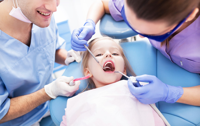 Dallas Childrens Dentist works specifically on the oral health of children. Parents can bring their children to these dentists from the time they are an infant all the way through to their teen years. They are qualified to work with children regarding proper care of the teeth and gums and can recommend ways for parents to keep up proper care of their child's mouth. It is important to start oral care at a young age and part of that oral care plan is taking a child to see a dentist. If parents do not take their children to see a dentist, it could potentially lead to cavities and other forms of oral decay. Have a peek at this website http://pediatricdentalspecialistofhiram.com/dallas-childrens-dentist/ for more information on Dallas Childrens Dentist.Follow us: http://kidsdentist.netboard.me/https://start.me/p/Vbymdm/dallas-childrens-dentisthttps://www.smore.com/u/dallaschildrensdentist