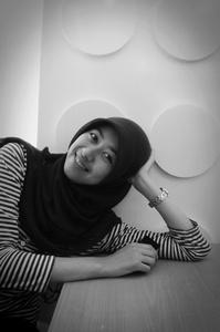 Indri Aprianti