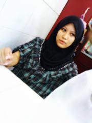 Fadzilah Marof