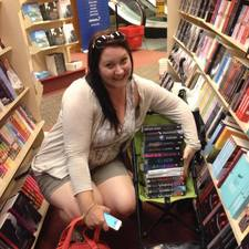 Renee Booth Sassy Book Lovers Naykate Townsville 04
