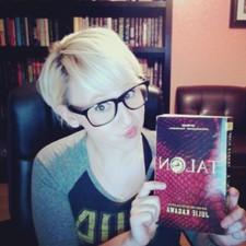 Becca Fowler (PivotBookTotes)
