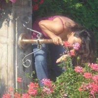 Tania Flores
