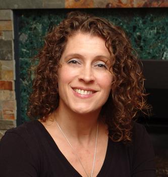 Hannah Mary McKinnon