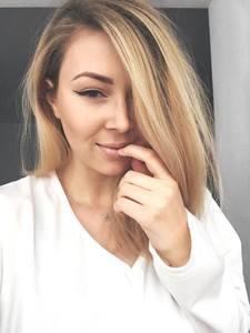 Julia Hasch