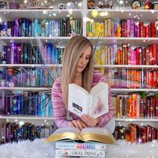 Jenny (Bookbookowl)