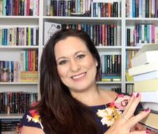 Lisa-Books Smiles