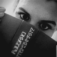 Bookreader Roo