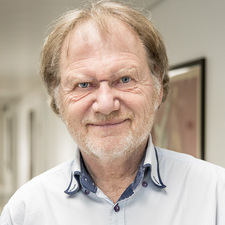 Peter Brincker
