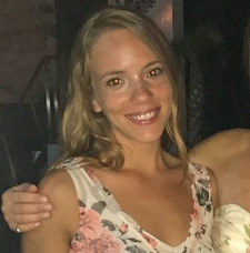 Amanda Cozer